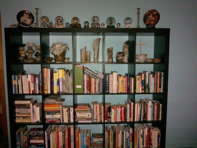 Astound Shelves